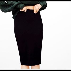 Aritzia Wilfred pencil skirt- L